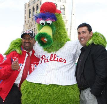 jewish heritage helped push phillies manager ruben amaro  baseball az jewish post