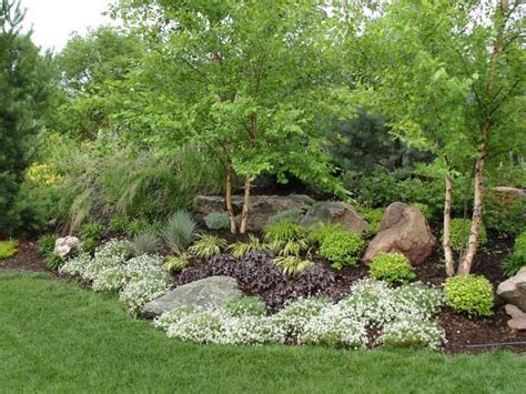berm landscaping pictures landscape berms found on rosehillgardens com landscaping pinterest gardens backyards