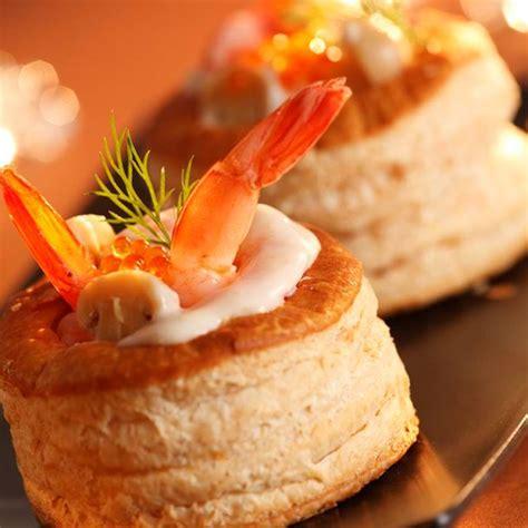 cuisine vol au vent aux chignons recette bouchées à la reine aux crevettes