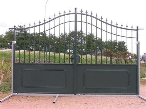 chambres d hotes la bresse portail exposition fer forge vert charollais brionnais