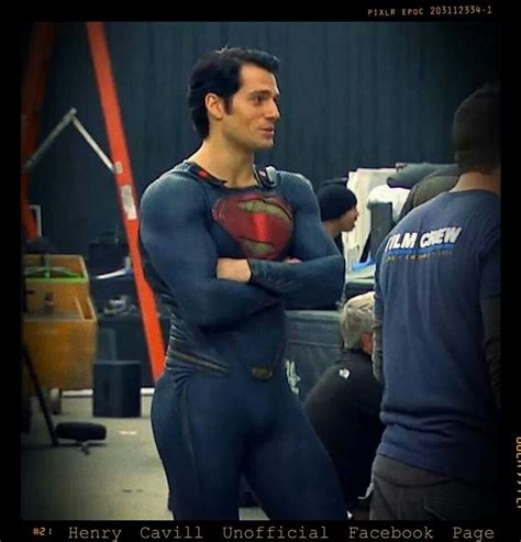 That one man should look that good... | Henry cavill, My ...