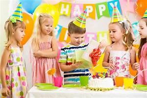 Spiele Für Feiern : tipps f r einen perfekten kindergeburtstag ~ Frokenaadalensverden.com Haus und Dekorationen