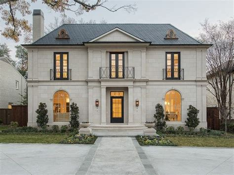 25+ Best Ideas About French Chateau Homes On Pinterest