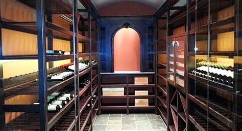 wine cellarsbars