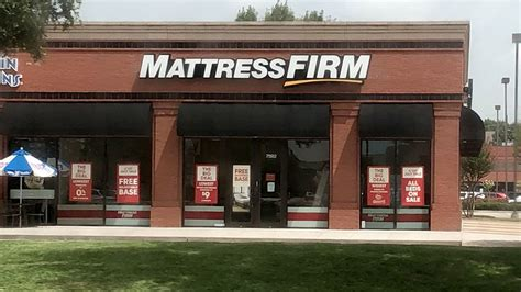 mattress firm manager finds employees body  houston store