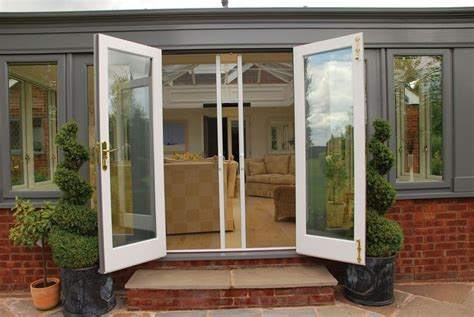 sliding patio door with screen flyscreens and