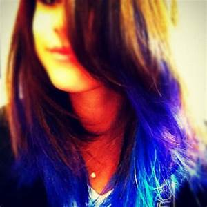 PHOTOS Selena Gomez reveals blue and purple extensions for ...