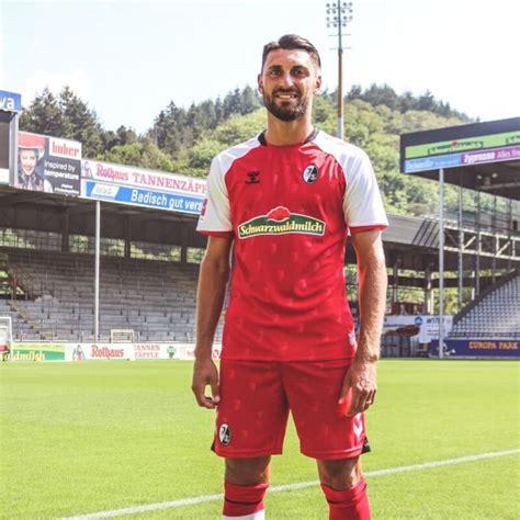 Sc freiburg trikot 21/22 nike. SC Freiburg 2020-21 Hummel Home, Away, Third Football Kits — SuperFanatix.com