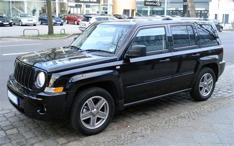 black jeep liberty black jeep liberty 2015 image 187