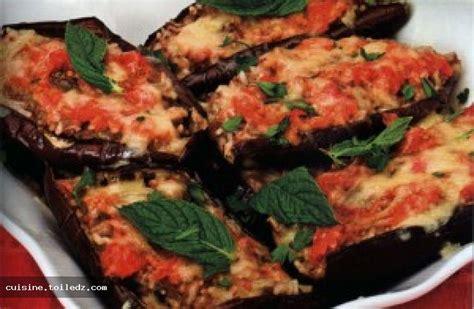 cuisiner aubergine four recette aubergines farcies au four le grand livre de