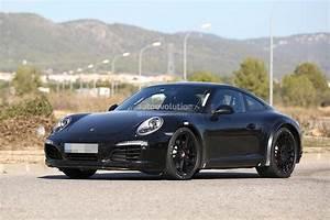 2019 Porsche 911 : next generation 2019 porsche 911 spied with wider tracks say hello to the hybrid autoevolution ~ Medecine-chirurgie-esthetiques.com Avis de Voitures