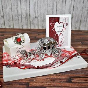 Besondere Geschenke Zur Hochzeit : geldgeschenk zur hochzeit personalisiert hochzeitsgeschenk namen kutsche rot ebay ~ A.2002-acura-tl-radio.info Haus und Dekorationen