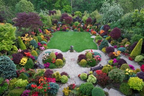 38 clever backyard shrub garden ideas