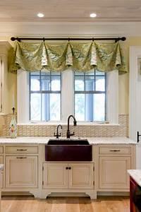 window valance ideas 30 Impressive Kitchen Window Treatment Ideas