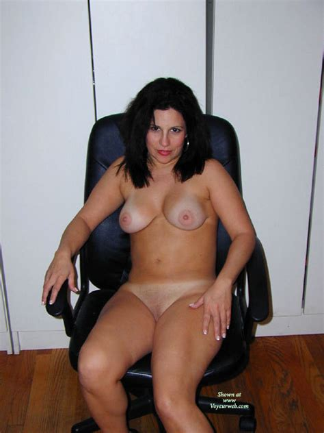 Sexy MILF In Chair March Voyeur Web Hall Of Fame