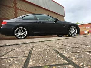 Bmw 325i E92 : bmw e92 325i coupe mv4 alloys car sapphire black bmw e92 pinterest bmw coupe and cars ~ Medecine-chirurgie-esthetiques.com Avis de Voitures