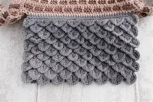 Crochet Crocodile Stitch Photo Tutorial | the twisted yarn