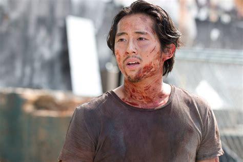 Amc's the walking dead.season 7 episode 1episode: The Walking Dead's Steven Yeun Feels Bad About Keeping ...
