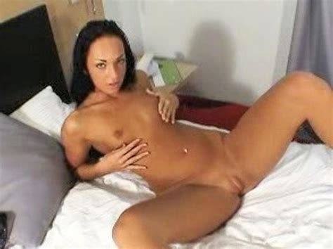 Free Amateur Cock Pic With Teen Amateur Posing