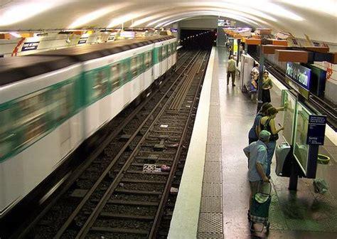 tramway porte de pantin m 233 tro porte de pantin plan horaires et trafic