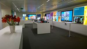 Executive briefing center in brussels microsoft news for Office centre video
