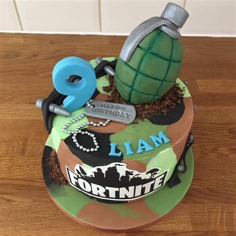 jades cakes  twitter fortnite cake fortnite cake