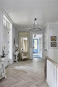 Shop the Room! Sarah Richardson Off the Grid House {Foyer ...