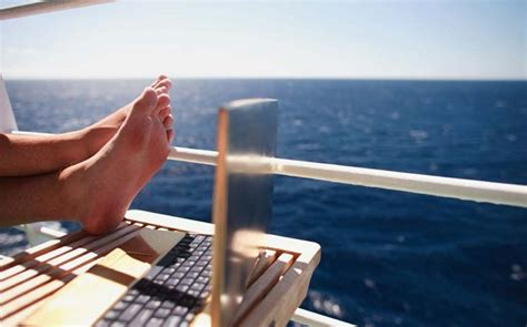 Carnival Cruise WiFi-Internet Packages Prices | CruiseMapper