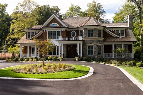 What Defines A Luxury Craftsman Style Home?  Sandy Spring