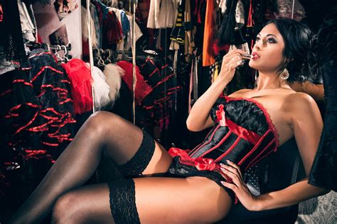 Watchfit  Heat Up The Fitness World With Burlesque