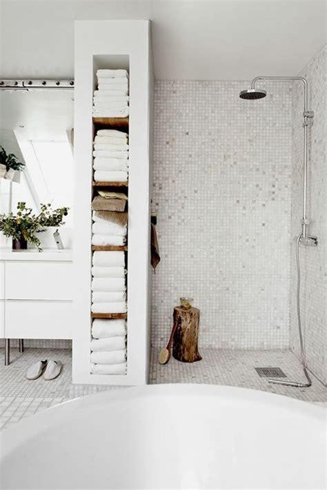 accroche serviette salle de bain le porte serviette en 40 photos d id 233 es pour votre salle de bain