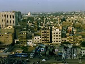 Karachi – The Biggest City of Pakistan | Agustinus Wibowo