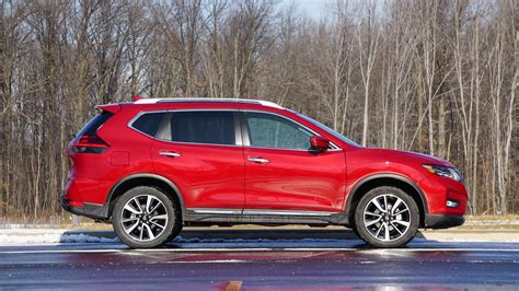 Nissan Rogue 2017 Reviews by 2017 Nissan Rogue Review A Pro On Paper