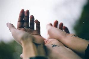 Roundup: Matching Tattoos for Couples | 17 Apart