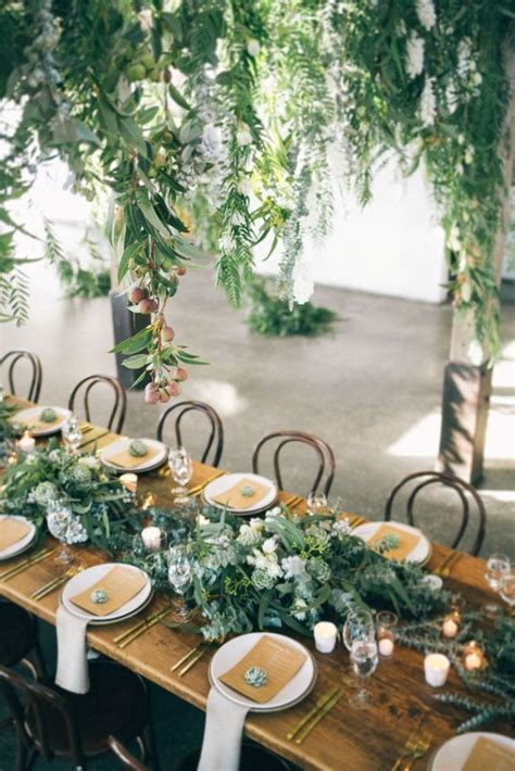 5 Wedding Table Decorations to Make Guests Love Their Seat