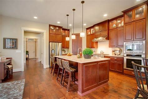 style kitchen cabinets 7 best white kitchen cabinets with yellow walls images on 6771