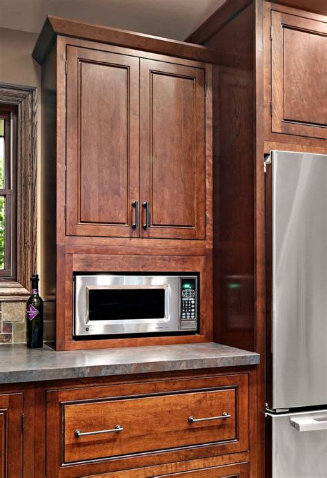 inset shaker style doors with cove crown and light 32 best images about cherry kitchen cabinets on