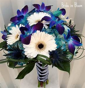 Bride in Bloom: Blue orchid bridal bouquets