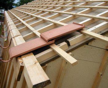 pose de tuile pose de tuiles plates rev 234 tements modernes du toit