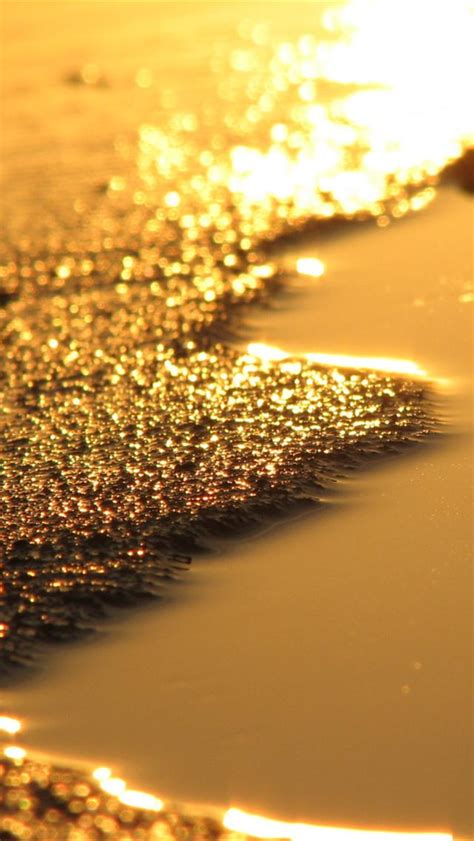 iphone gold wallpaper iphone 5 wallpapers hd cool gold iphone 5 wallpapers 2240