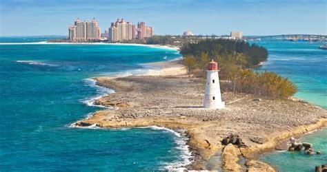 time  visit nassau bahamas  travel tips