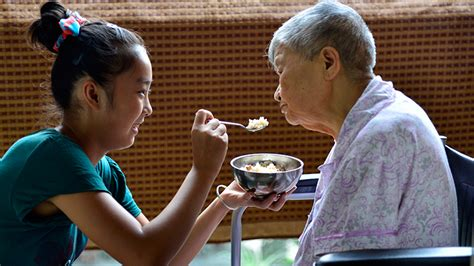 world bank report offers options  elderly care  china