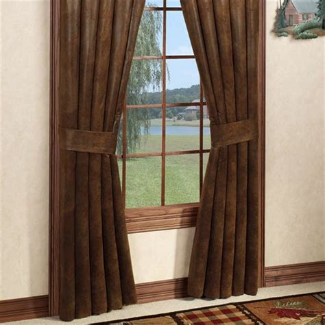 rustic curtains and drapes decorate the house with