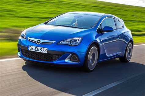 opel astra 2014 2014 opel astra opc review motoring middle east car
