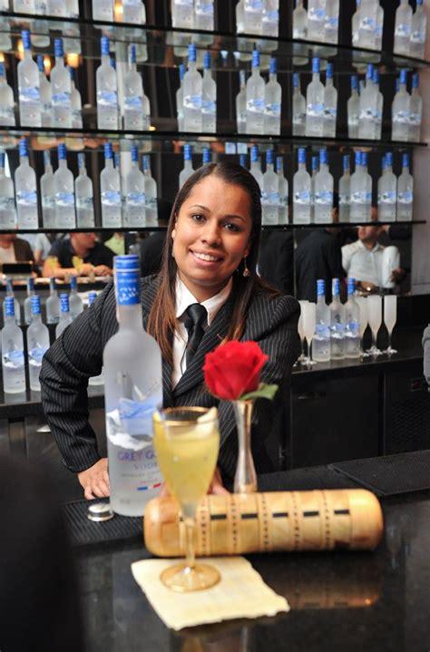 Bartender é a primeira mulher a vencer campeonato de ...
