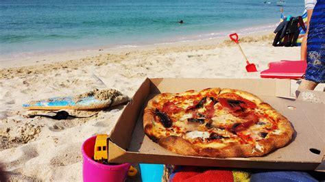 Pizza On The Beach  Countrywoodsmoke Uk Bbq