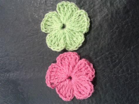 Como Tejer Flores De 5 Petalos A Crochet Muy Facil!//how