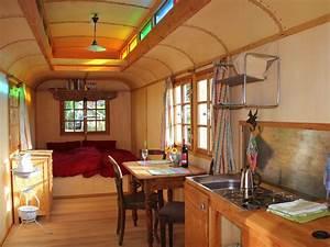 Bauwagen Ausgebaut Kaufen : zirkuswagen on wingertshaus zirkuswagen on wingertshaus ~ Articles-book.com Haus und Dekorationen
