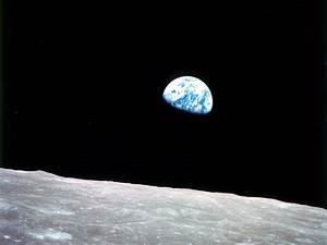 "See the Apollo 8 ""Earthrise"" in a Whole New Way"