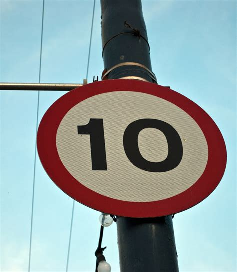 10 Mph sign | Free Early Years & Primary Teaching ...